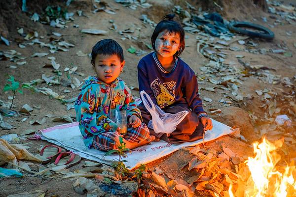 Burmese girls, Myanmar