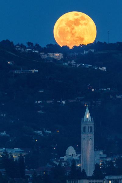 Super Moon Over UC Berkeley