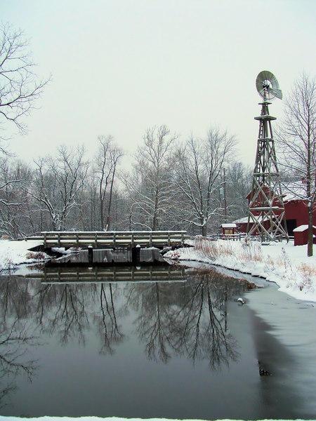 So peaceful. A calm, quiet, snowy morning at Bonneyville.