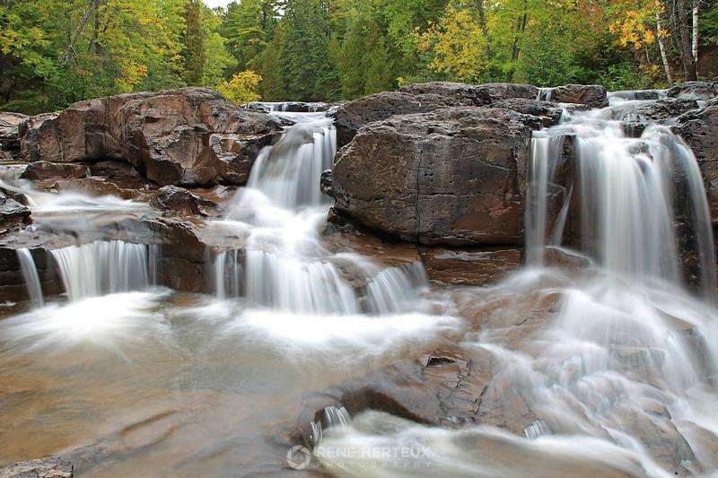 Upper falls;platom