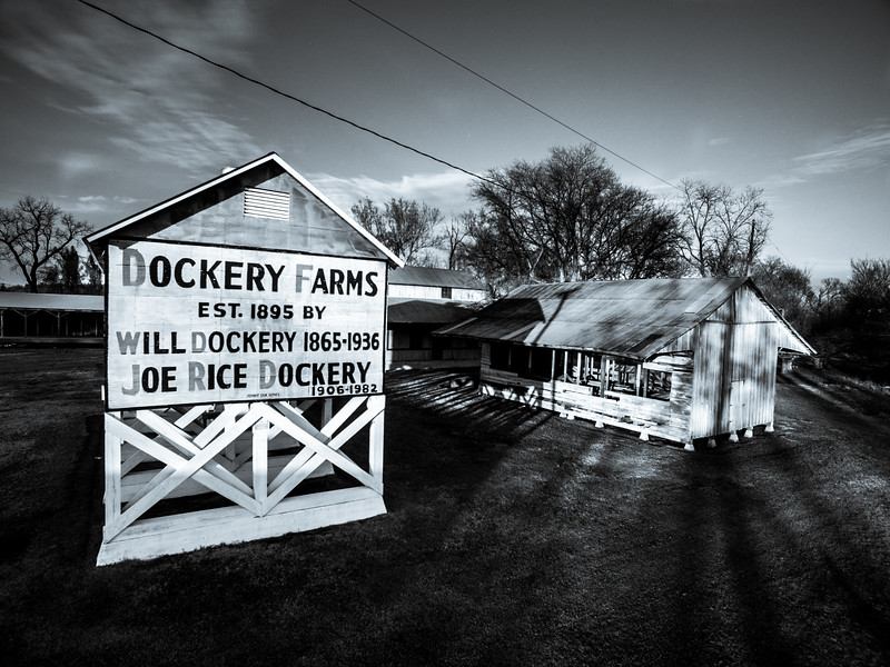 Dusk at Dockery Farms (BW)