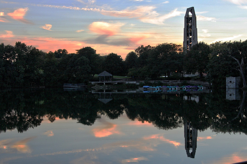 Sunset at the quarry pond on the riverwalk in Naperville