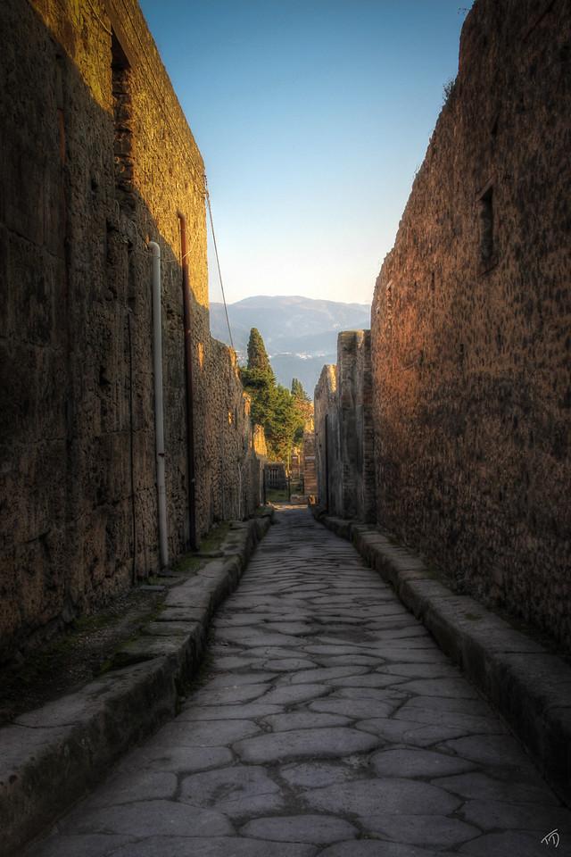 Pompeii Alley