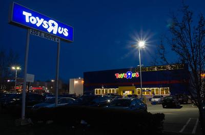Toys R Us - Paramus