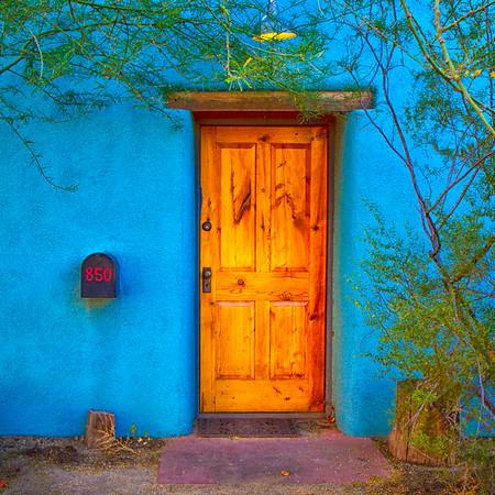 Barrio Door 2