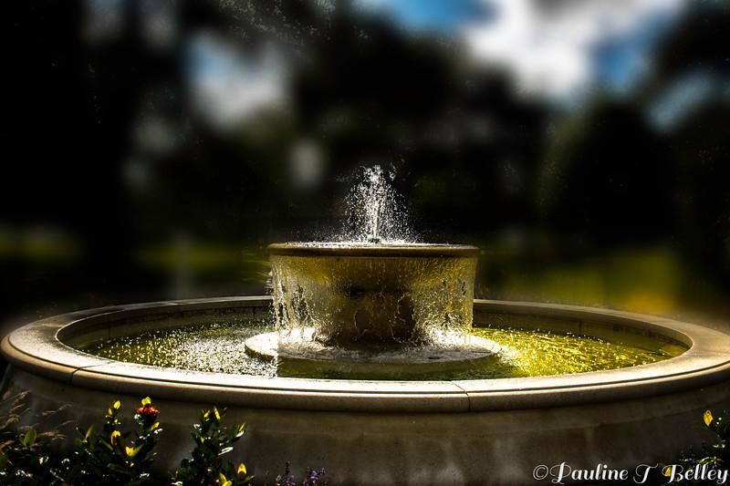 Fountain 1 Post