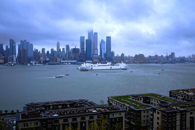 USNS Comfort Departs NYC