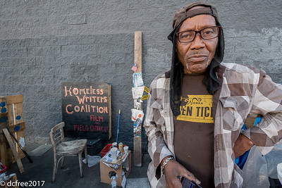 LAHOMELESS121317HIRES-21