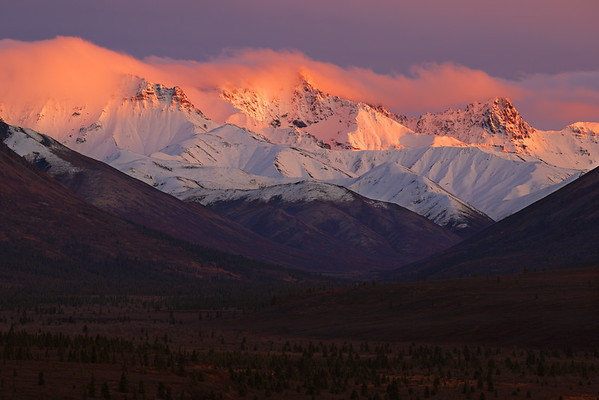 The Canon EOS R5 Takes on Extreme Dynamic Range During Intense Denali National Park Sunset