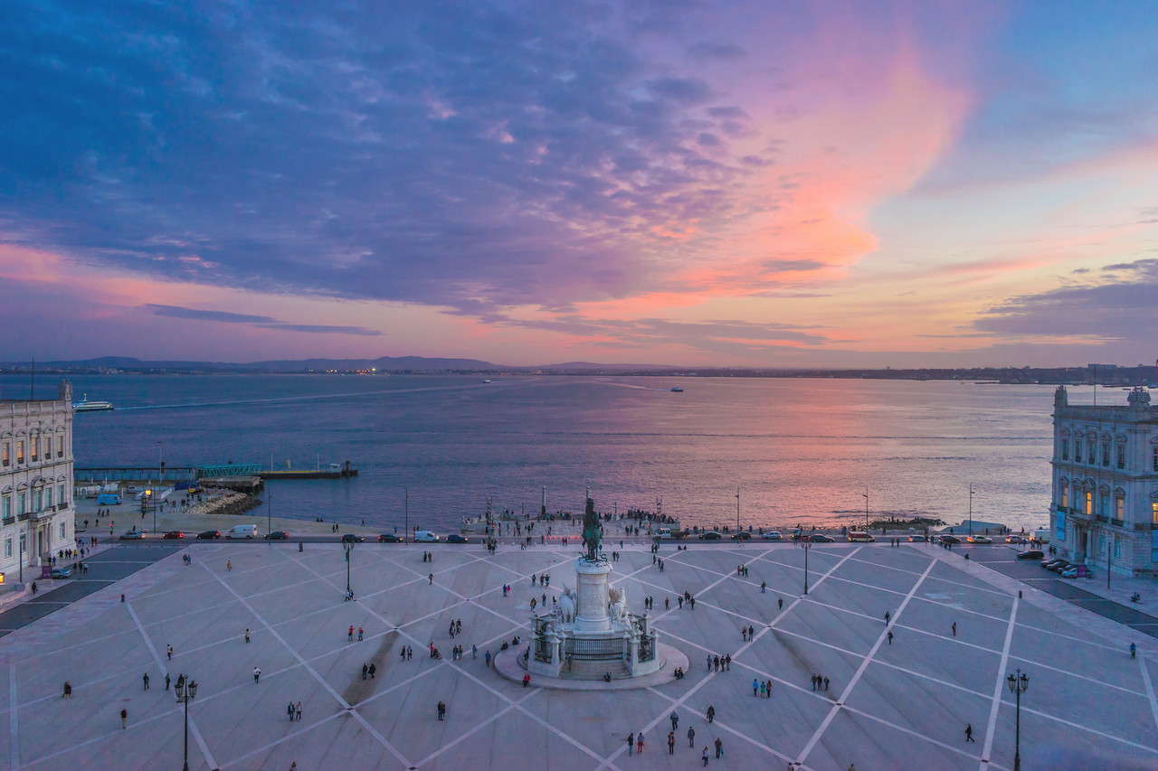 Lisbon Triumphal Arch Viewpoint Sunset Photography 10 By Messagez com