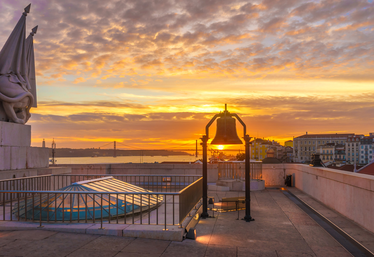 Lisbon Triumphal Arch Viewpoint Sunset Photography 3 By Messagez com