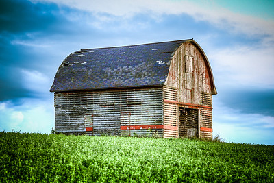 Barn on the bluffs