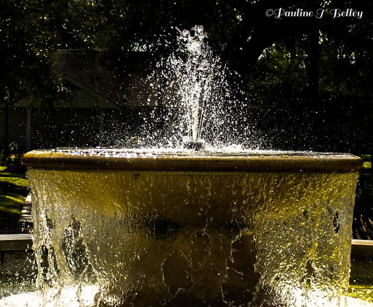 Fountain 3 Post