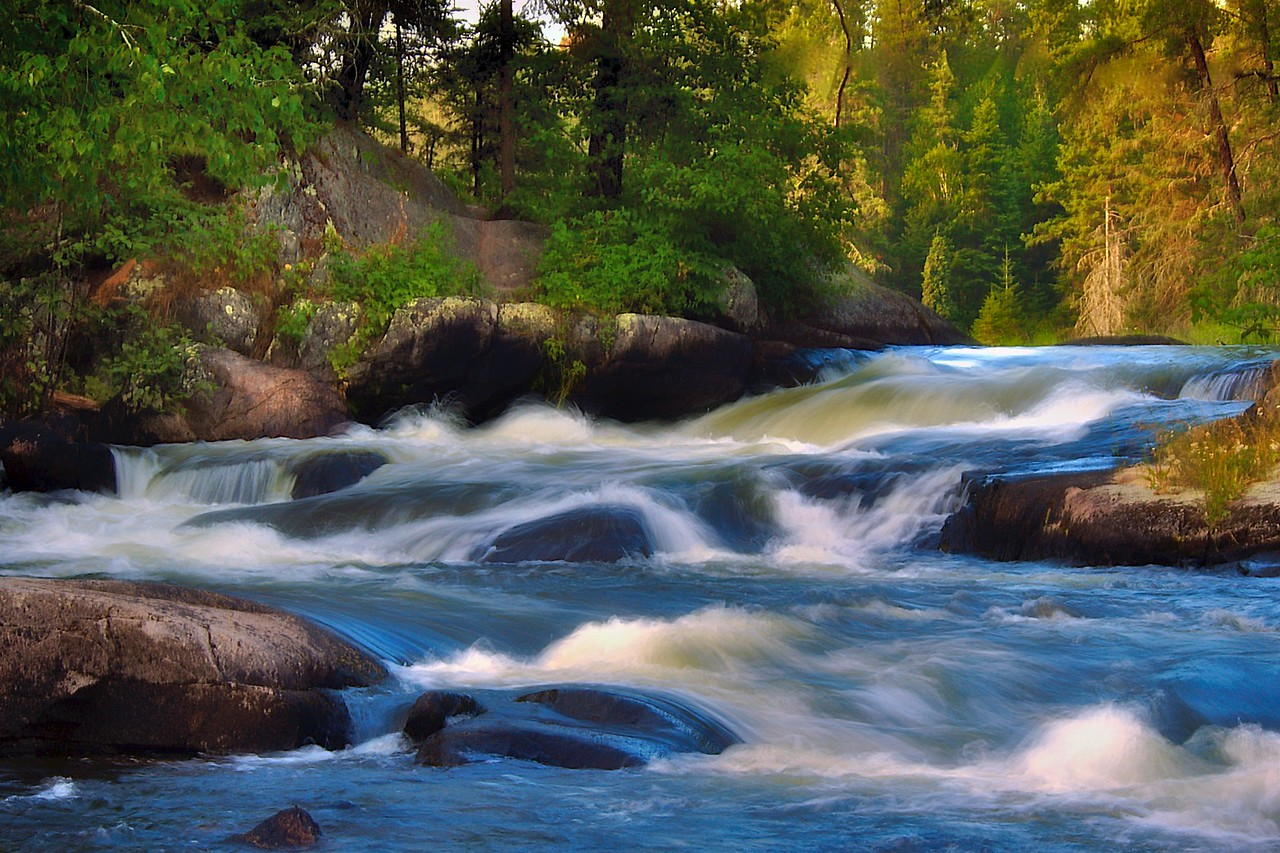 Rushing River, Ontario