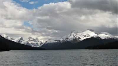 Maligne Lake in late September.