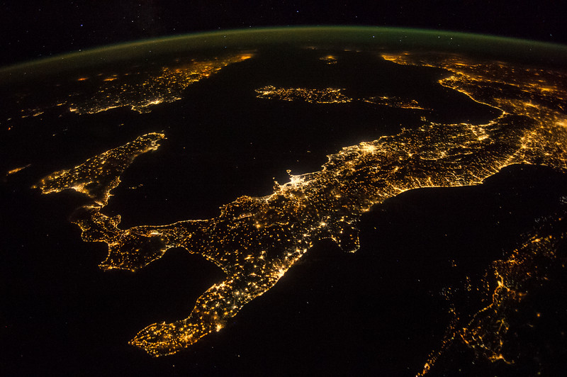 European peninsula country, home to volcanoes and one of the greatest empires in history. A favorite of the astronauts to photograph. ISS over the Mediterranean Sea. (ANSWER: Italy)