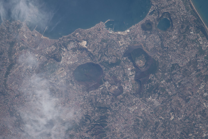 iss052e043588
