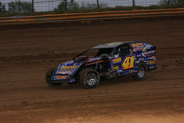 AMS/UMP DIRTcar Modifieds