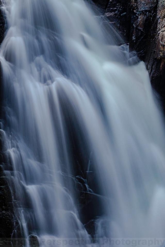 Frazier Falls: Mid-plunge
