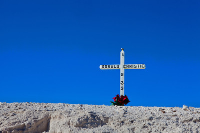 Roadside Memorial outside Death Valley_0348