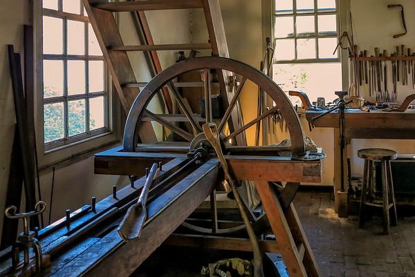 Colonial Williamsburg Cabinet Maker's Workshop