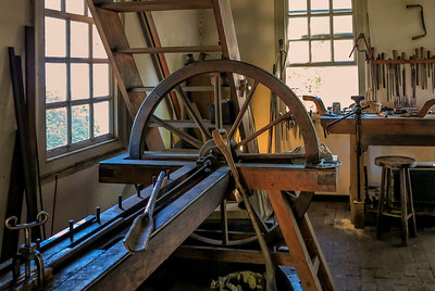 Colonial Williamsburg Cabinet Maker's Workshop