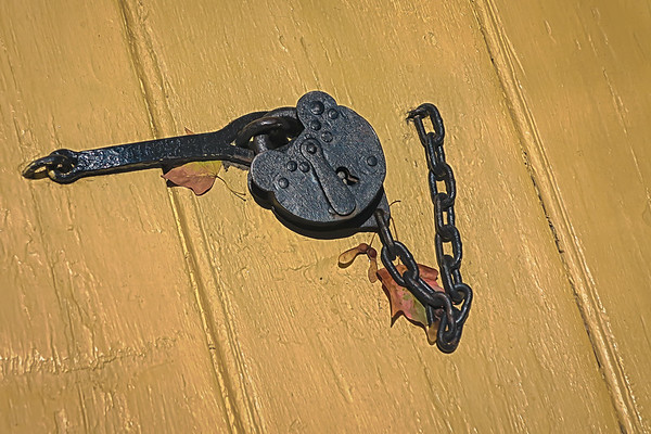 Colonial Lock