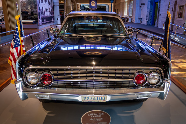 Kennedy Car - 1961 Lincoln Front