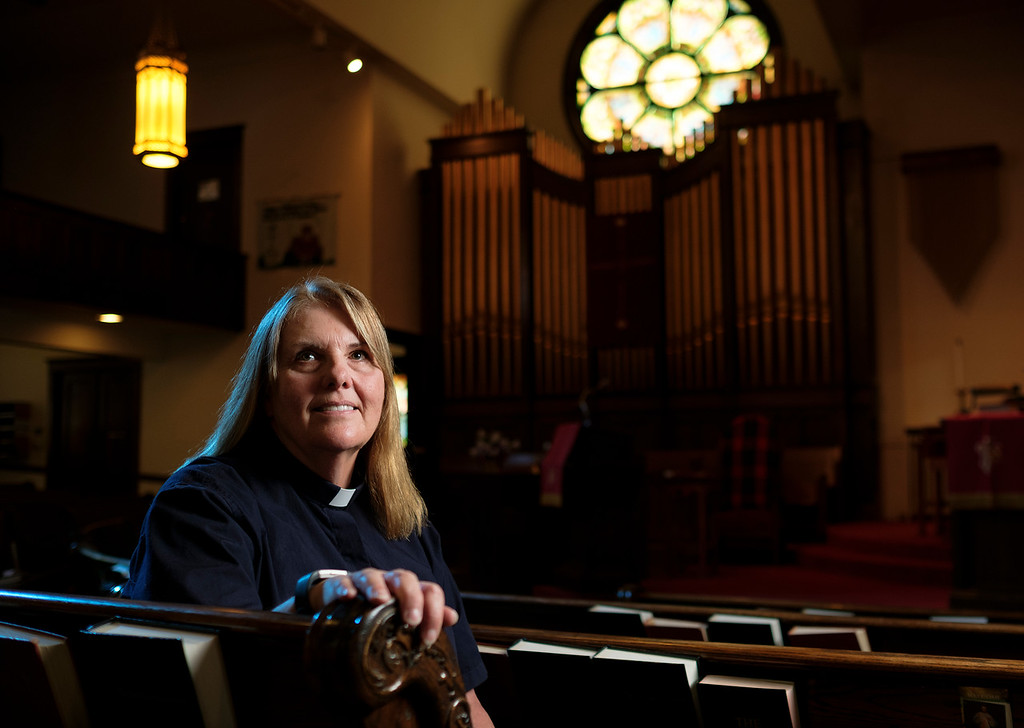 Justin Sheely | The Sheridan Press<br /> Rev. Sheila Naismith was installed as the first female minister at First Congregational United Church of Christ.