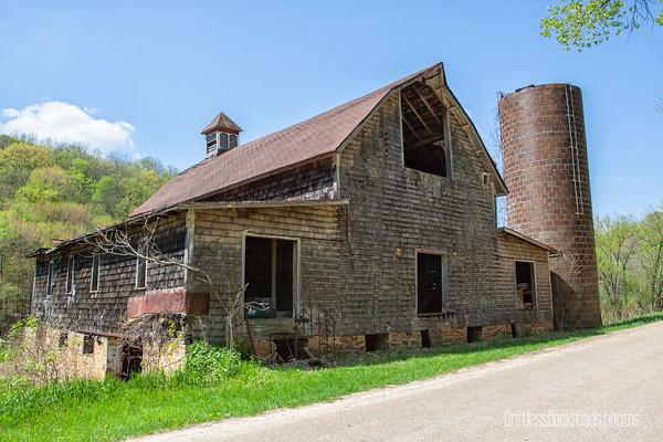 Vintage Weathered Barn