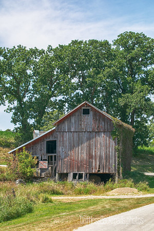 Barn With Lean