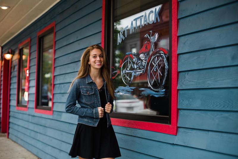 Downtown Rockford Senior Photos with Lisa