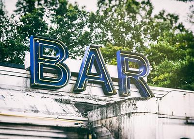 Bar Car
