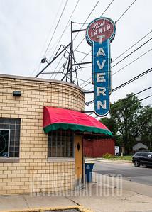 Iaria's Tavern