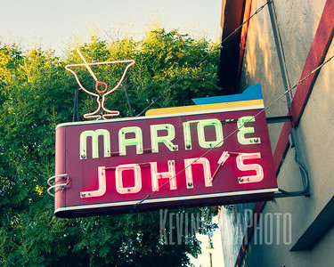 Mario & John's