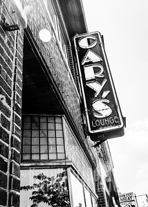 Cary's Lounge