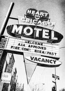 Heart O Chicago Motel
