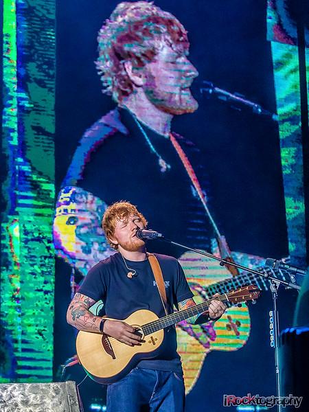 Ed Sheeran, live in Manila