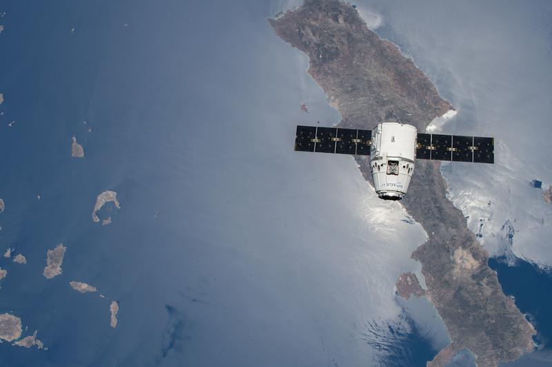SpaceX over Crete, Greece