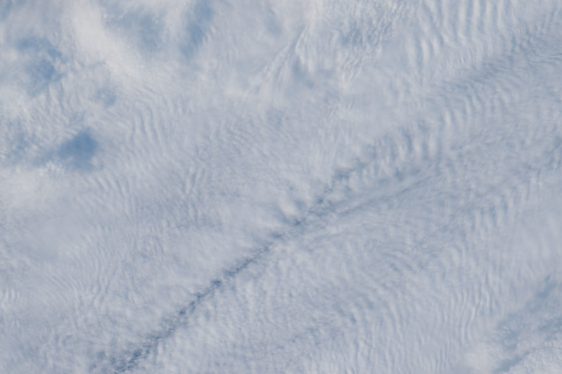 iss051e030994