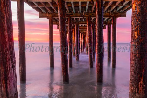 Christmas Morning Under the Pier - Avila Beach