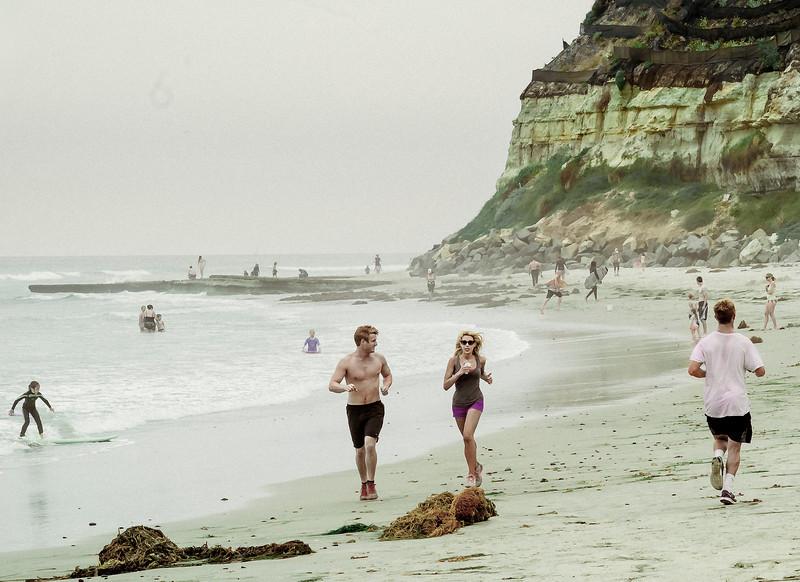 Runners, Swami's Beach, Encinitas, CA