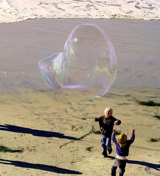 Two Boys and a Bubble, Swami's Beach, Encinitas, CA