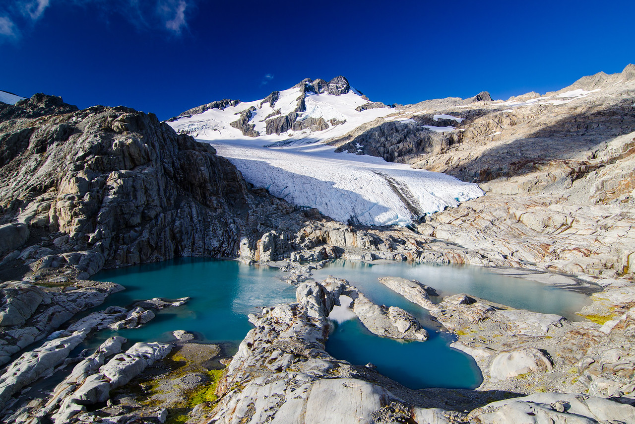 Mt Brewster and his glacial lake