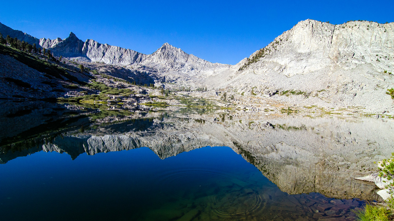 Middle Sphinx Lake, Kings Canyon National Park, California