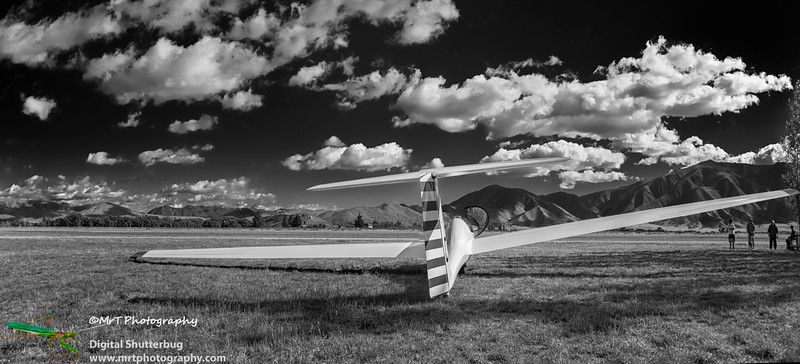 Glider on airfield Omarama
