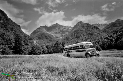 The Routeburn bus Kinloch