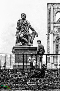 Statue of Robbie Burn The Octagon Dunedin