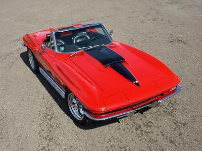 Mike Suppo's '67 Resto Mod Corvette