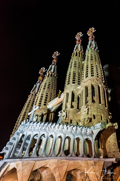 Sagrada Familia by night.